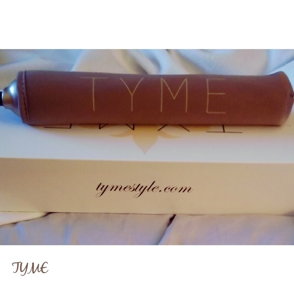 Other - Tyme curling iron and straightener👩